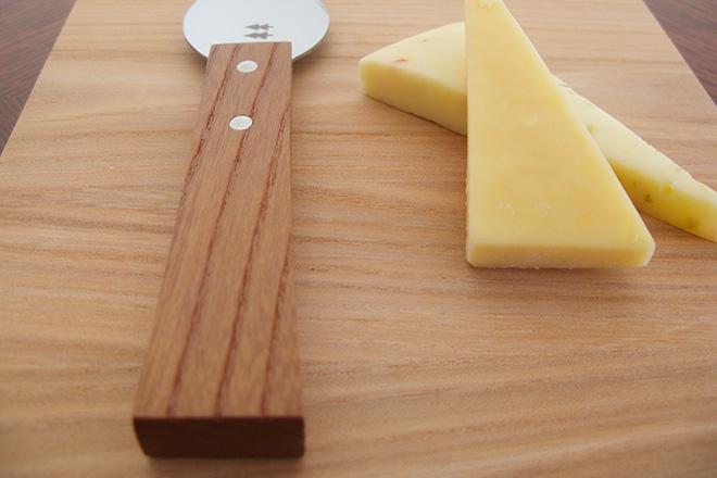 チーズナイフハード持手