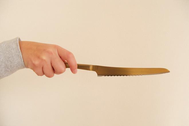 pommeパン切りナイフ