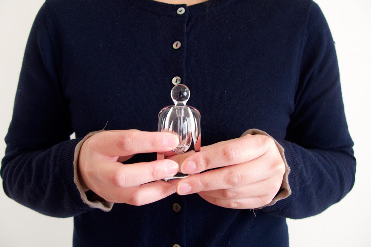 厚木グラススタジオ香水瓶
