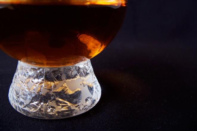 ウイスキーグラスUP