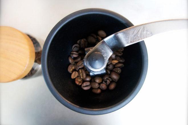 コーヒーミル 上から