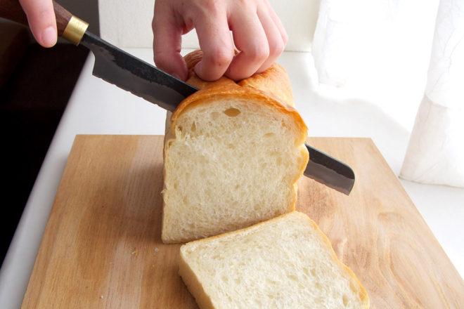 黒打パン切り包丁